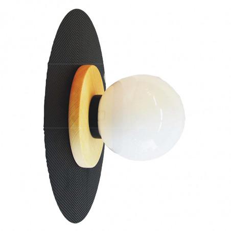 Aplique de pared, armazón metálico en acabado negro, con disco de madera en acabado natural, 1 luz, difusor en bola Ø 14 cm.