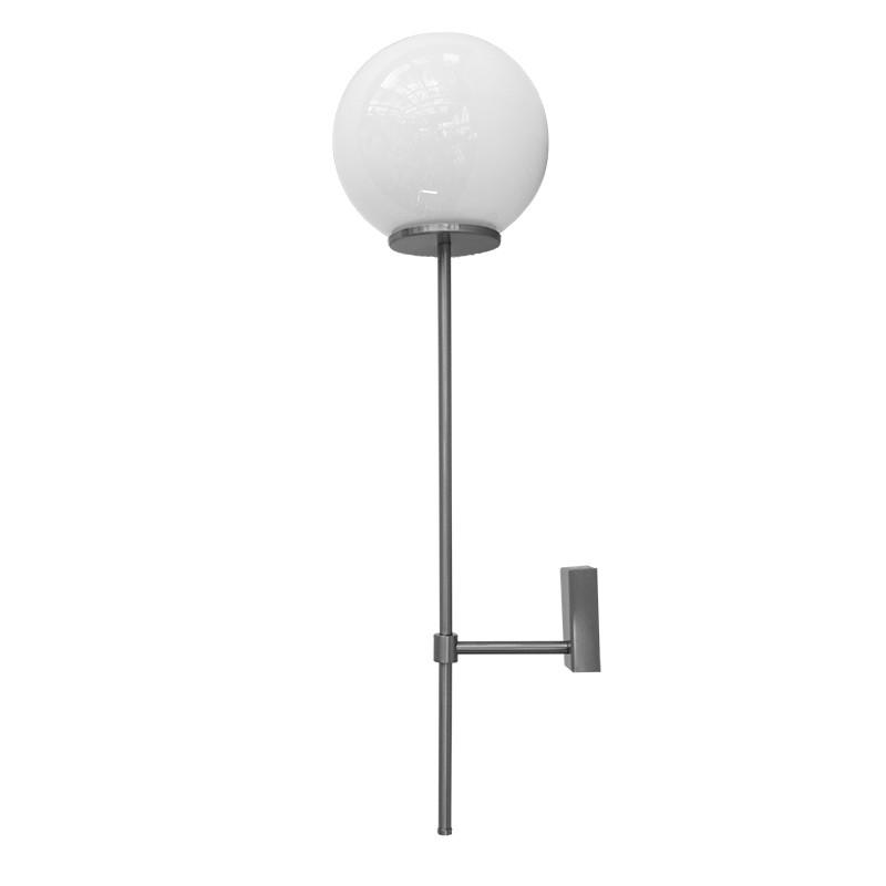 Aplique de pared, metal en acabado níquel satinado, 1 luz, con bola de cristal Ø 20 cm en acabado opal brillo.