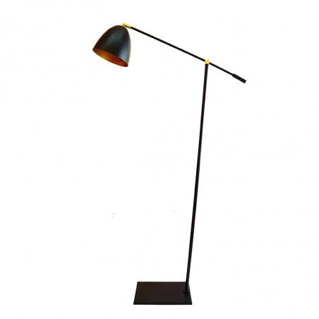 Lámpara Pie de Salón, armazón metálico en acabado negro con elementos de latón, 1 luz, con brazo articulado.