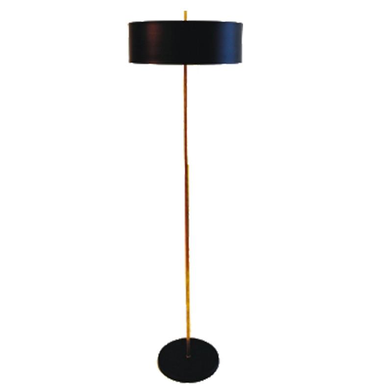 Lámpara Pie de Salón, estilo retro, estructura metálica en acabado negro, con elementos de latón en acabado satinado, 3 luces.