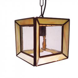 Lámpara de techo farol, estilo granadino, armazón metálico en acabado dorado, 1 luz, con difusor de cristales.