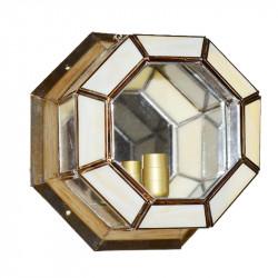 Lámpara Plafón, estilo granadino octogonal, armazón metálico en acabado dorado, 1 luz, con cristal opalina y transparente