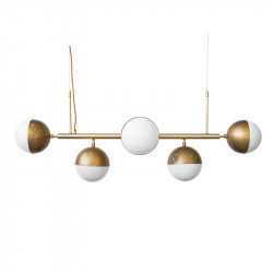 Lámpara de techo, armazón metálico, con elementos de latón, en acabado dorado, 5 luces, con difusores en bola Ø 16 cm