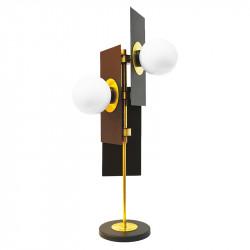 Lámpara de sobremesa, armazón metálico en acabado negro, con elementos de latón en acabado satinado, 3 luces