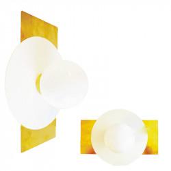 Aplique de pared, armazón rectangular de latón en acabado satinado, con disco metálico en acabado blanco, 1 luz.